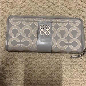 Coach wallet multiple pockets. Pictures included
